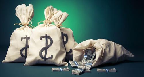 Доллары в мешках