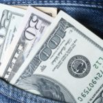 Где в Санкт-Петербурге можно дешево купить доллары