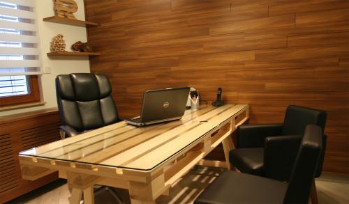 Рабочий стол из паллет