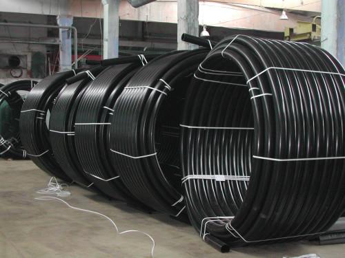 Полиэтиленовые трубы из ПНД чёрного цвета