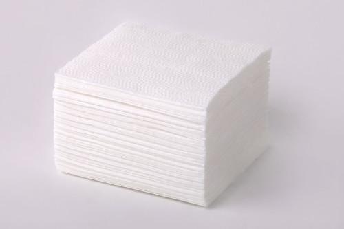 Белые бумажные салфетки