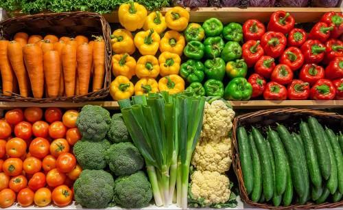 Овощи на полках