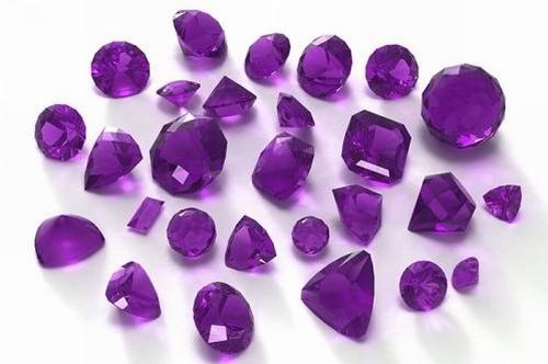 Фиолетовые кристаллы, минералы