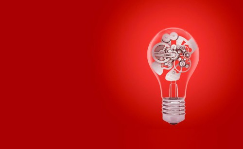 Лампочка символизирующая идеи бизнеса