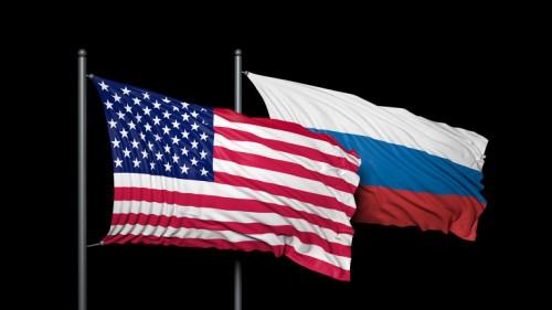 Американский и Российский флаги на чёрном фоне